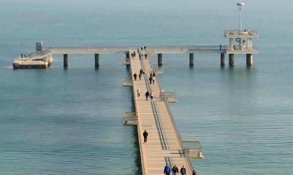 Пазят обновения мост в Бургас с инфрачервени прожектори