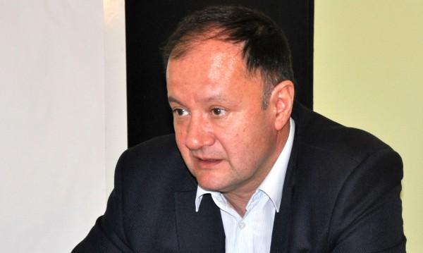 Наказателният кодекс да се обсъди с хората, иска Миков