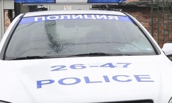Апаши откраднаха метална кутия с пари и пистолет в Марково