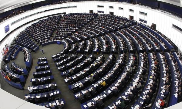 Евродепутат от ЕНП заклейми поведението на Сидеров