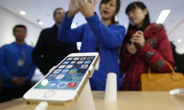 China Mobile най-сетне отвори вратите си за iPhone