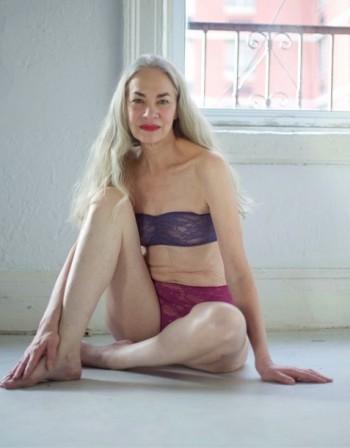 Може ли 62-годишен модел да рекламира секси бельо?