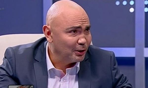 Росен Петров зачете от листче: Отивам при Бареков