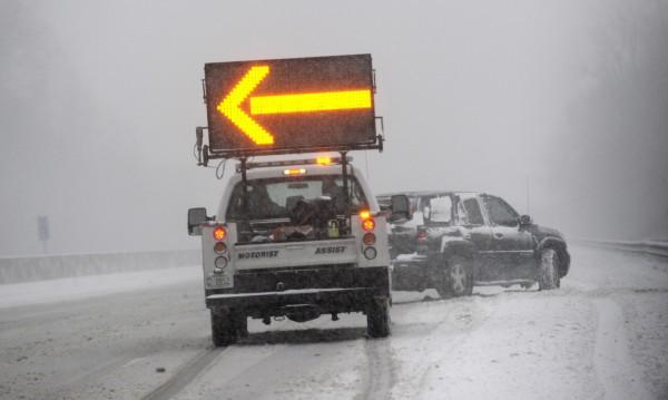 Снежни бури вилнеят в САЩ, най-малко шестима загинали