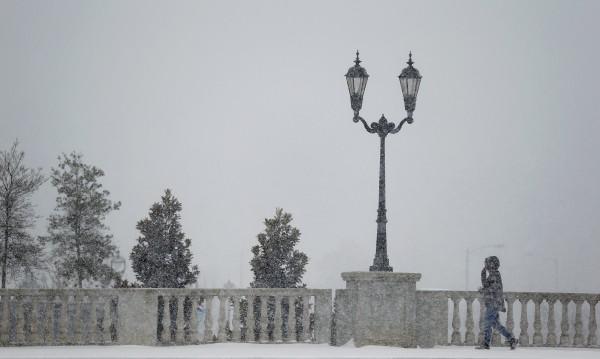 Половин милион американци останаха без ток заради снежната буря