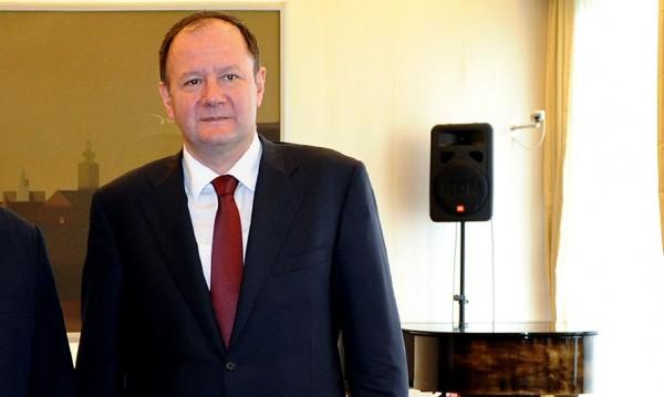 Миков зове партиите да не създават напрежение в Деня на Левски