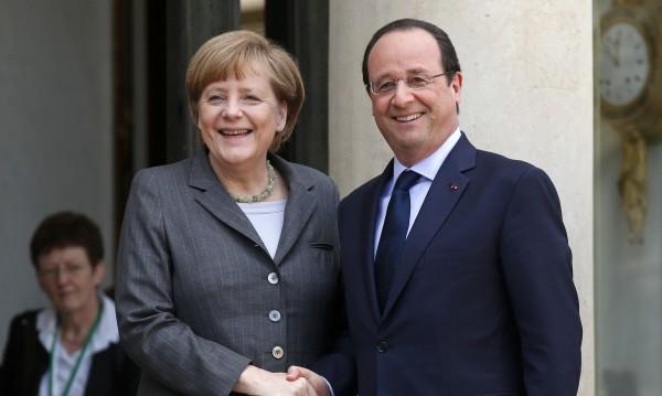 Оланд и Меркел ще говорят за онлайн сигурността и отбраната