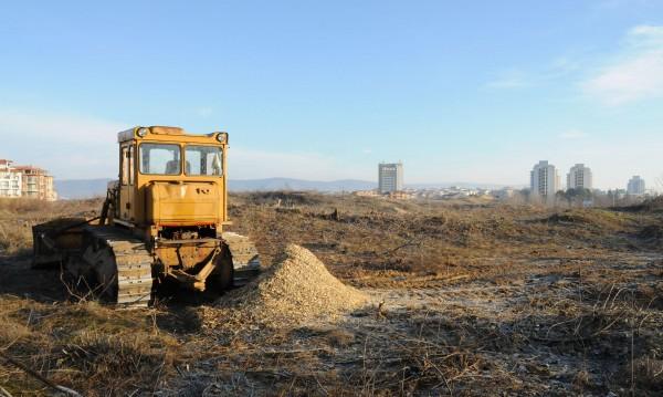 Временно спряха строителството върху дюните в Несебър