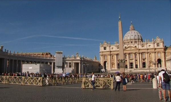 Папата: Трябва да подходим интелигентно към проблемите на модерното общество