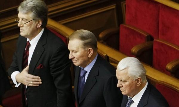 Бившите президенти на Украйна обвиниха Русия в пряка намеса в Крим