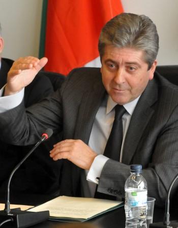 Първанов зове за нов политически модел – солидна коалиция