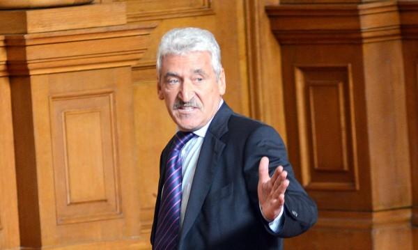 Бареков не се ползва с доверието на ГЕРБ, отсече Велчев