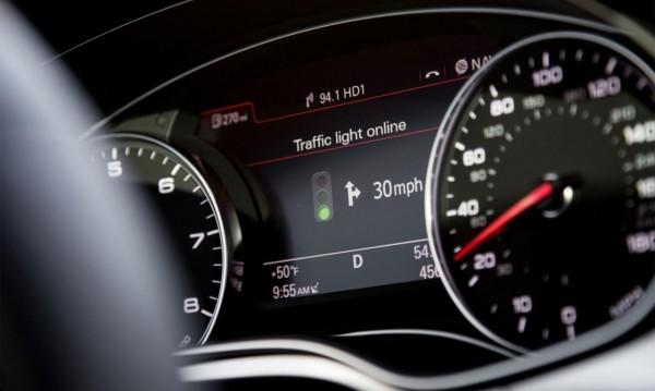 Audi свързва колите си със светофарите