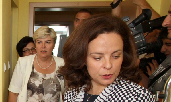Ако Станкова не се справя, ще я уволня, зарече се Андреева
