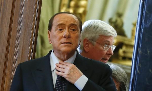 Берлускони е лишен от право да заема публични длъжности