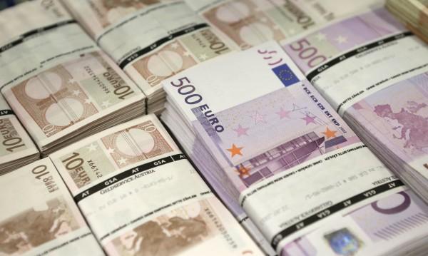Колко са страничните доходи на германските депутати?