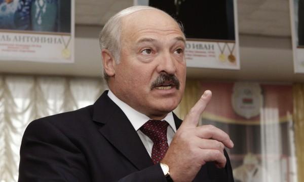 Това, което стана с Крим, е лошо, оцени Лукашенко