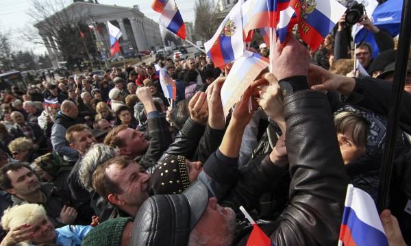 Военна компания ще потушава протестите в Източна Украйна