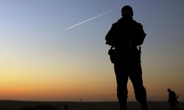 Русия е започнала да изтегля военните части, струпани край границата с Украйна