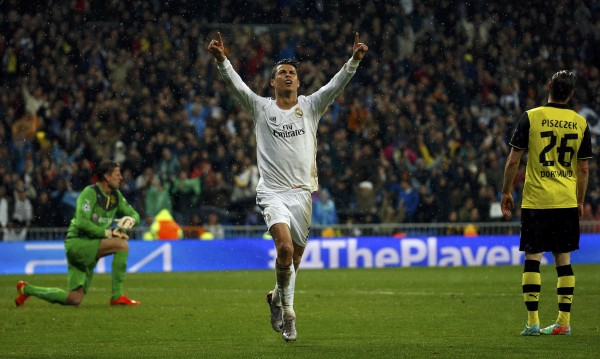Роналдо изравни рекорд на Меси