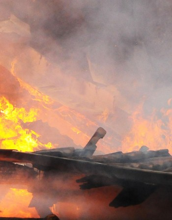 62-годишен мъж се задуши при пожар в Бургас