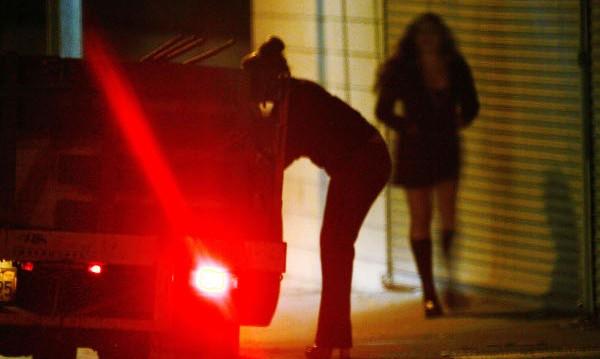 Хванаха 13-годишна проститутка
