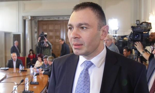 Лазаров обвини в предателство полицаите, снимали в Лясковец