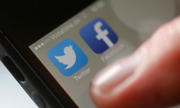 Facebook губи позиции сред тийнейджърите