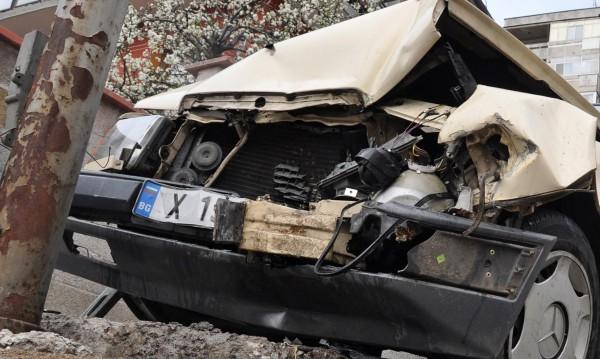 Двама загинаха в катастрофа в София