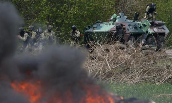 Престрелка с убити и ранени край Славянск в Украйна