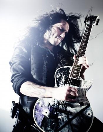 Китаристът на Ozzy и Firewind идва на Каварна рок
