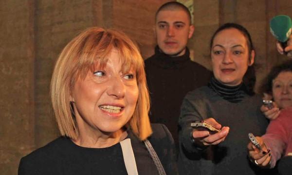 Дуалната система може да е реалност, уверена е Клисарова