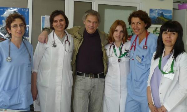 Първият българин с трансплантиран бял дроб се върна при близките си