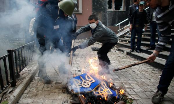 Западът не може да помогне на пасивна Украйна