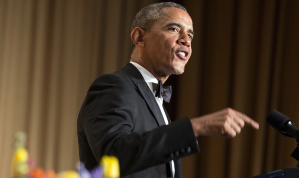 Обама се пошегува с Путин