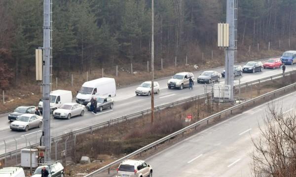 Две ленти в посока Варна-София, една в обратна посока