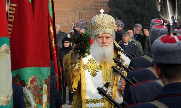 Армията, като Св. Георги, премина победоносно, за да я има България!