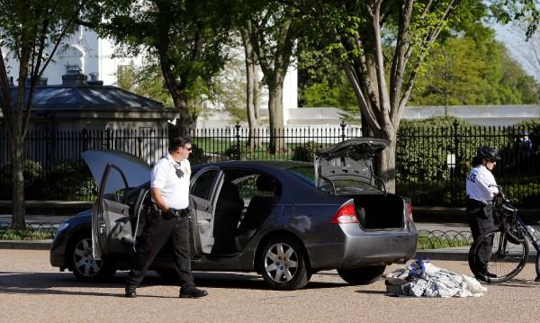 Подозрителна кола спря достъпа до Белия дом