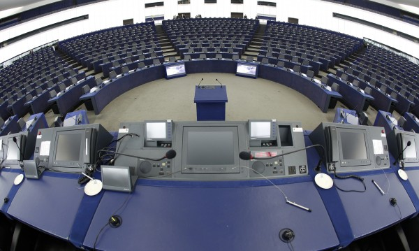 Десницата най-вероятно ще спечели евровота