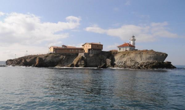 Авария затвори остров Света Анастасия за посещения