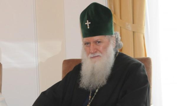 Патриарх Неофит гласува за евроизборите в Москва