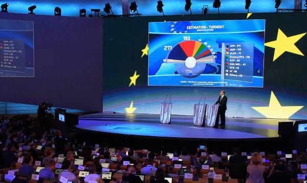 ЕНП първа в ЕП с 212 евродепутати