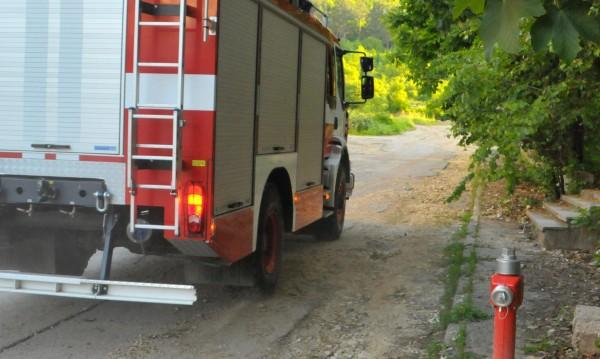 Джип изгоря в монтанско село