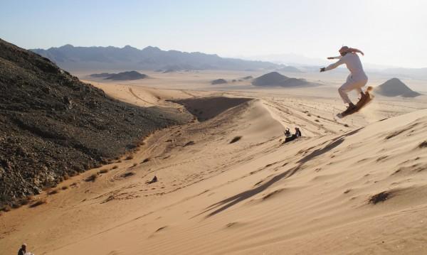 Магазинът за ски в Сахара, който вече няма клиенти