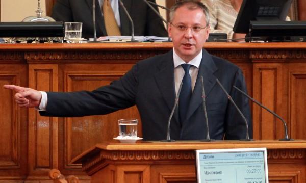 Станишев безмълвен за мандата на кабинета