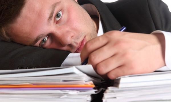 Чувствате ли се закопчани в оковите на монотонната си работа?