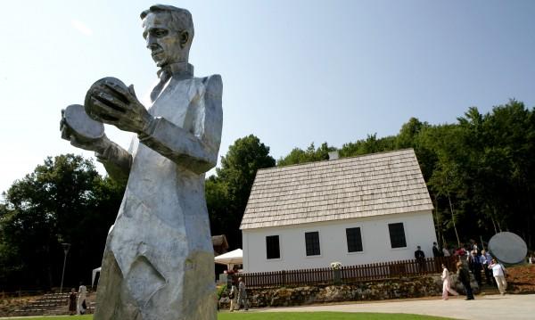 Защо големият учен Никола Тесла никога не се е женил