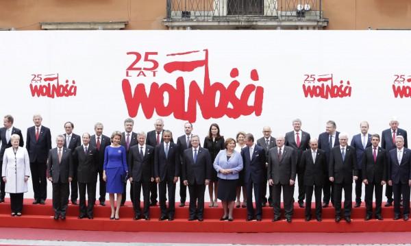 Порошенко ще търси решение за българите в Украйна