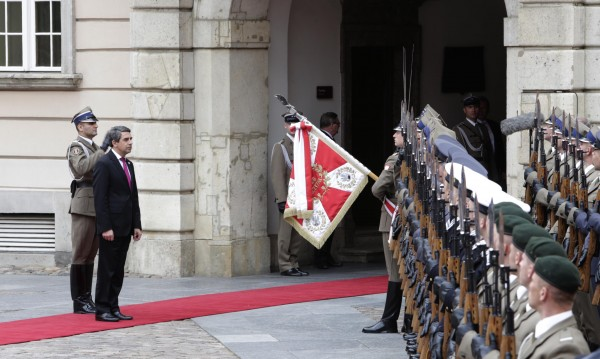 България да поеме ангажименти за енергийната си сигурност, иска президентът