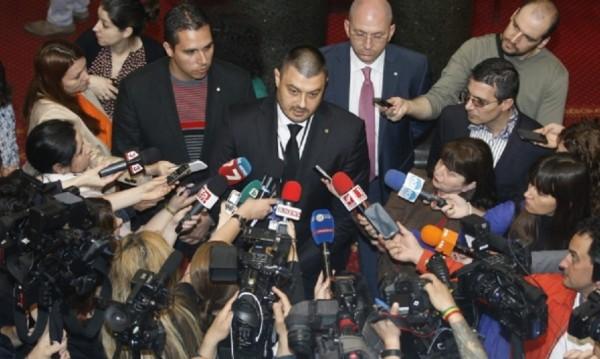 Бареков поиска избори преди приемането на бюджета